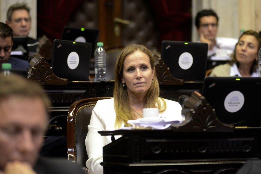 Mayda Cresto presentó un proyecto de ley para otorgar licencia a las víctimas de violencia de género