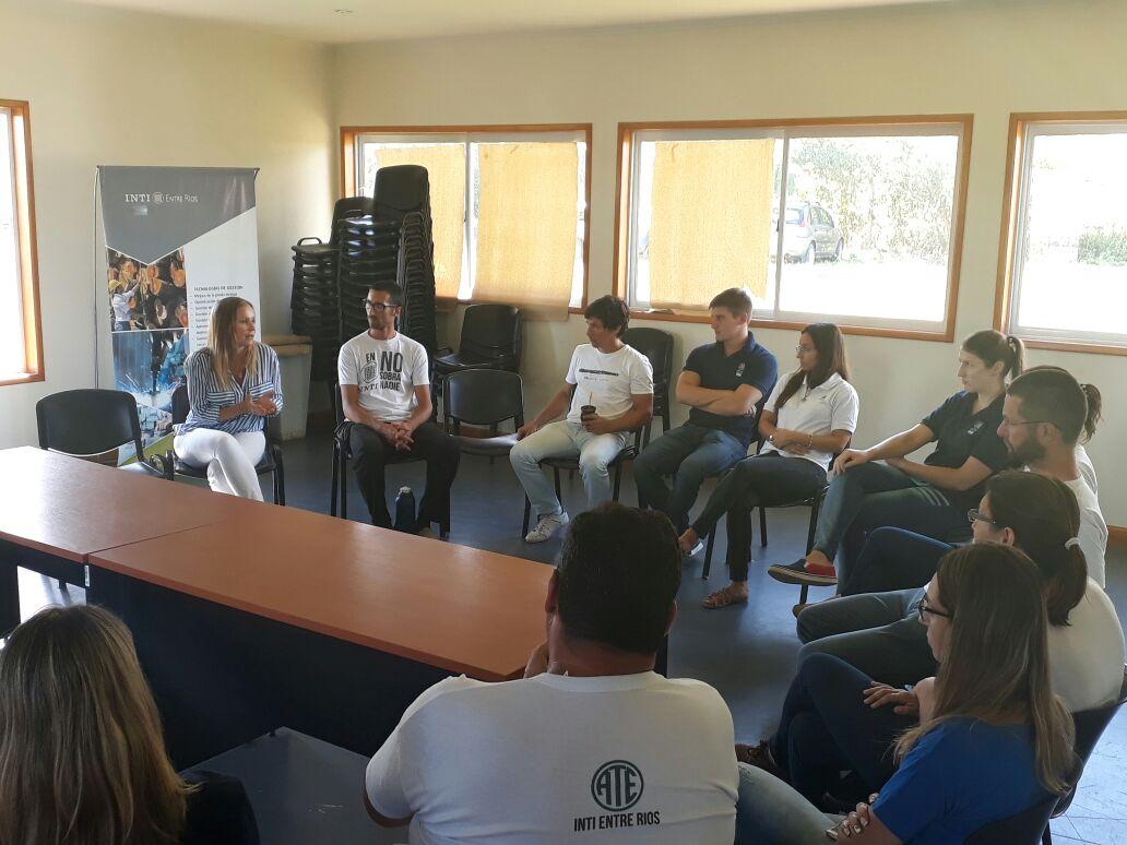 Mayda Cresto visitó INTI Entre Ríos y se solidarizó con los trabajadores